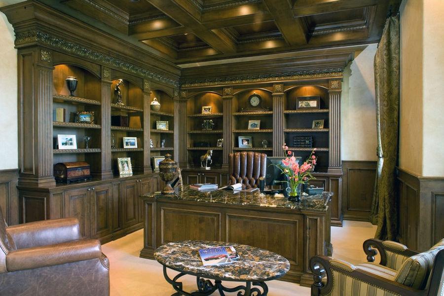 Кессонный потолок  в интерьере кабинета