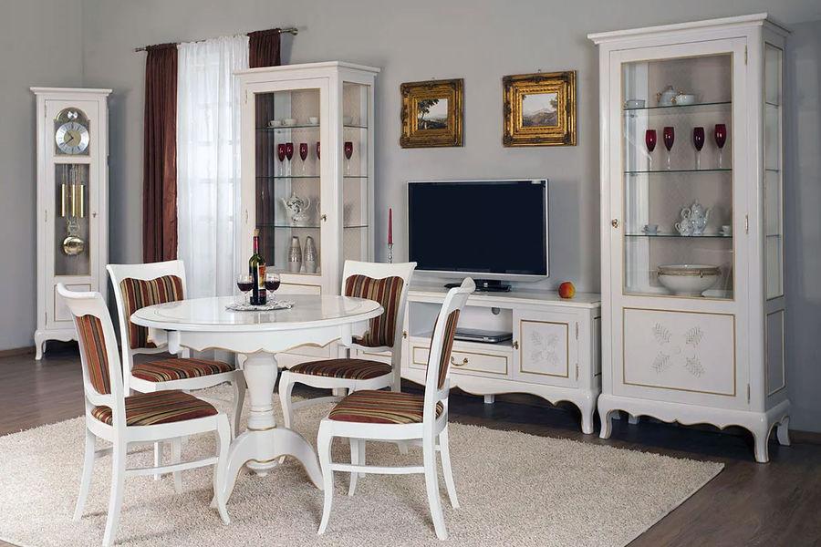 гостиные на заказ оформленная в белом стиле