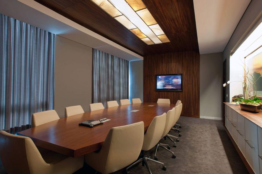 Стол для конференц-зала